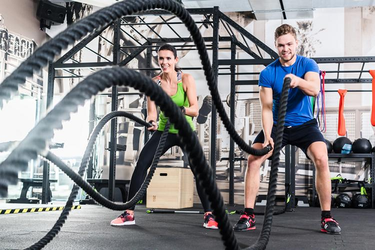 Функциональная тренировка с веревочными канатами