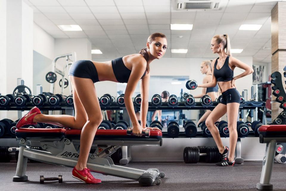 Особенности женского тренинга в тренажерном зале