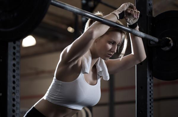 Силовые тренировки для похудения: программа на первый месяц