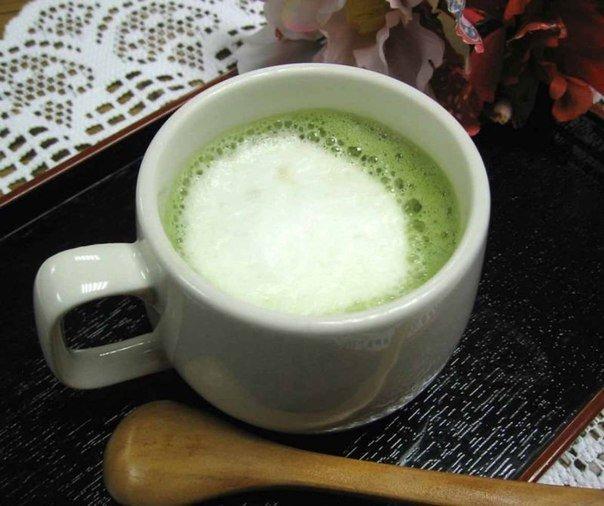 Худеем с помощью напитка из молока и зелённого чая