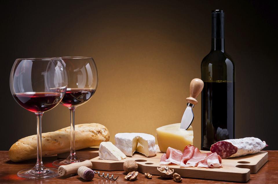 Полезно ли красное сухое вино?