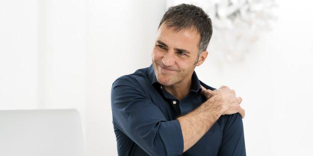 Как избавиться от боли в плечах после силовых тренировок