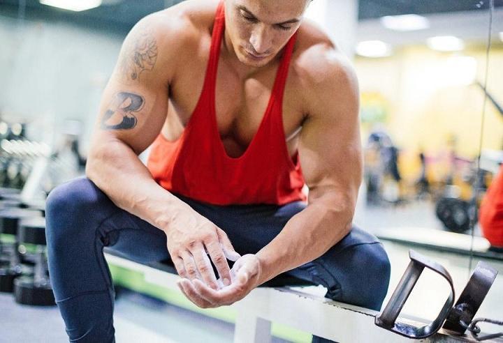 Как быстро накачать грудные мышцы